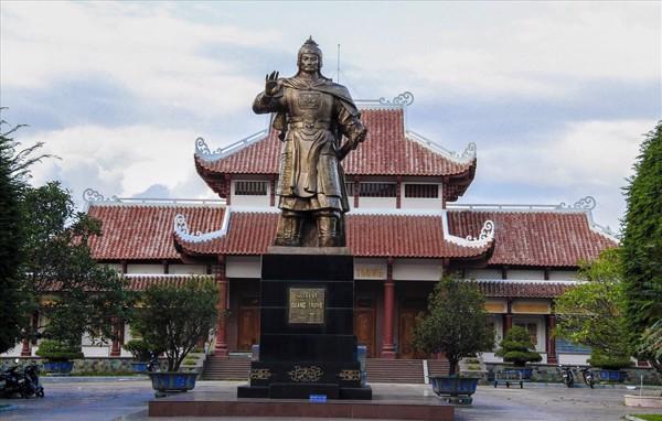Bảo Tàng Quang Trung – Tây Sơn đất võ trời văn