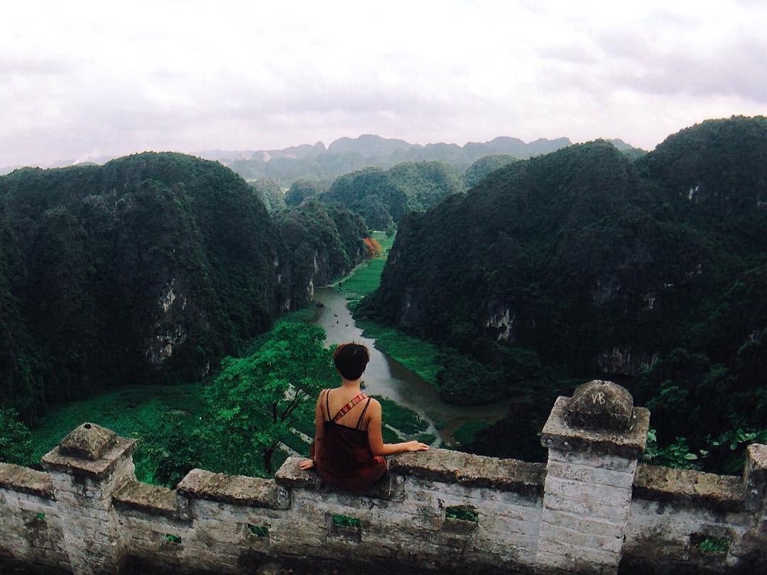 Tour Ninh Bình 01 ngày tham quan Hang Múa Tràng An Hoa Lư