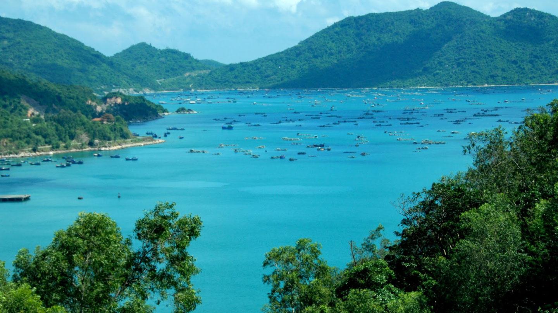 Tour Du Lịch Mũi Điện – Bãi Môn – Tàu Không Số