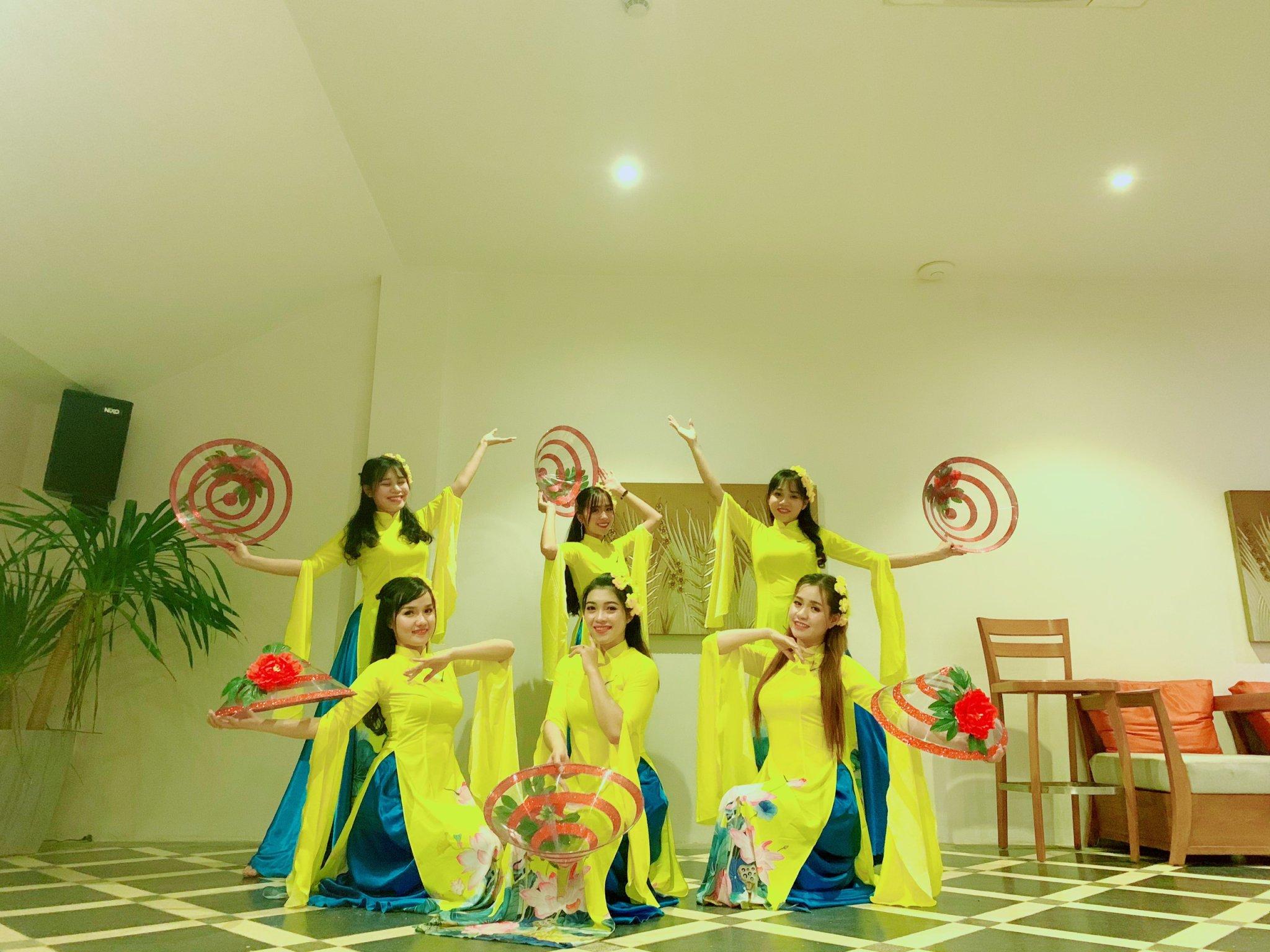 Cung cấp nhóm múa và vũ đoàn tại Quy Nhơn .Hotline :0944.107.174