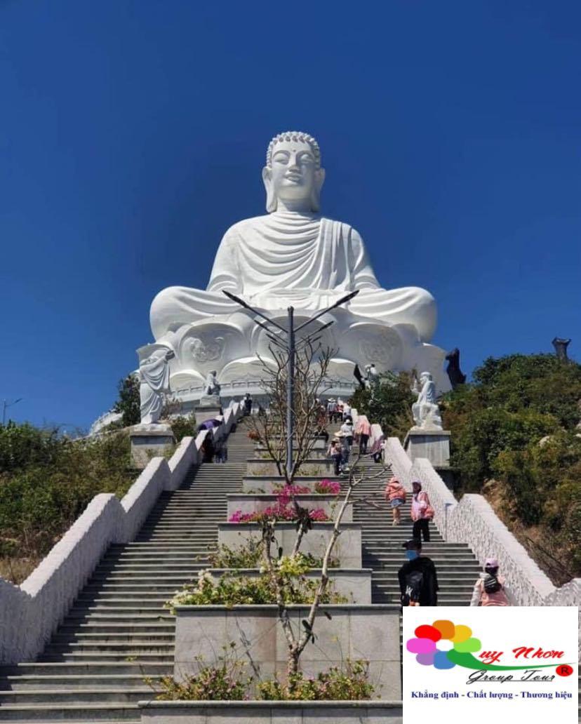 TOUR HÒN KHÔ QUY NHƠN 1 NGÀY : Chùa Ông Núi- Đồi Cát Phương Mai